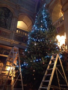 Its looking a lot like Christmas at Highclere Castle