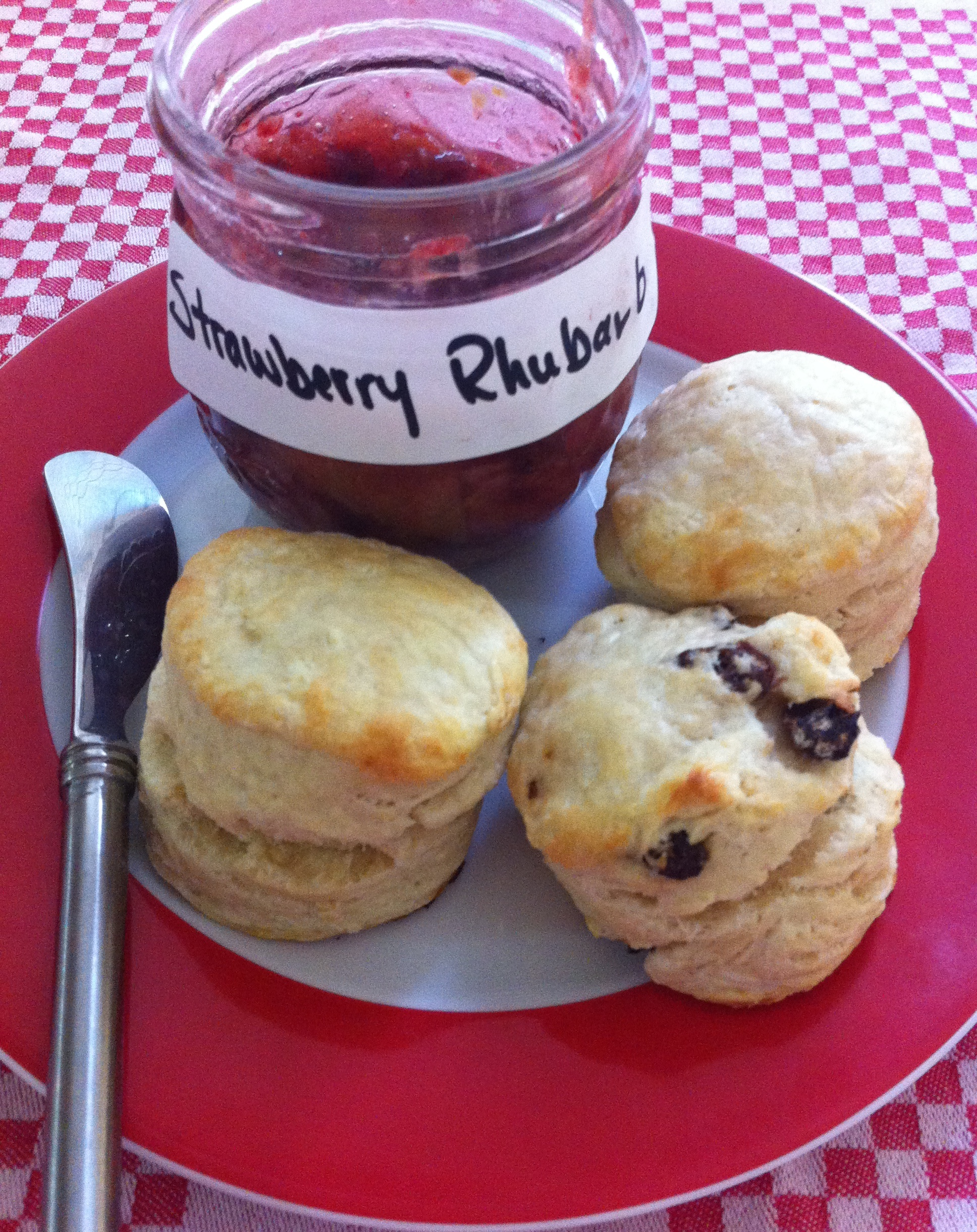 Yummy Strawberry Rhubarb Jam