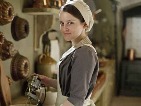 Downton Abbey S4 Life Lesson: Electric Mixers Make Better Mousse